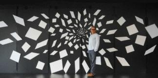 Rafael-Montilla-en-la-exposición-_The-Big-Bang_-CORTESÍA