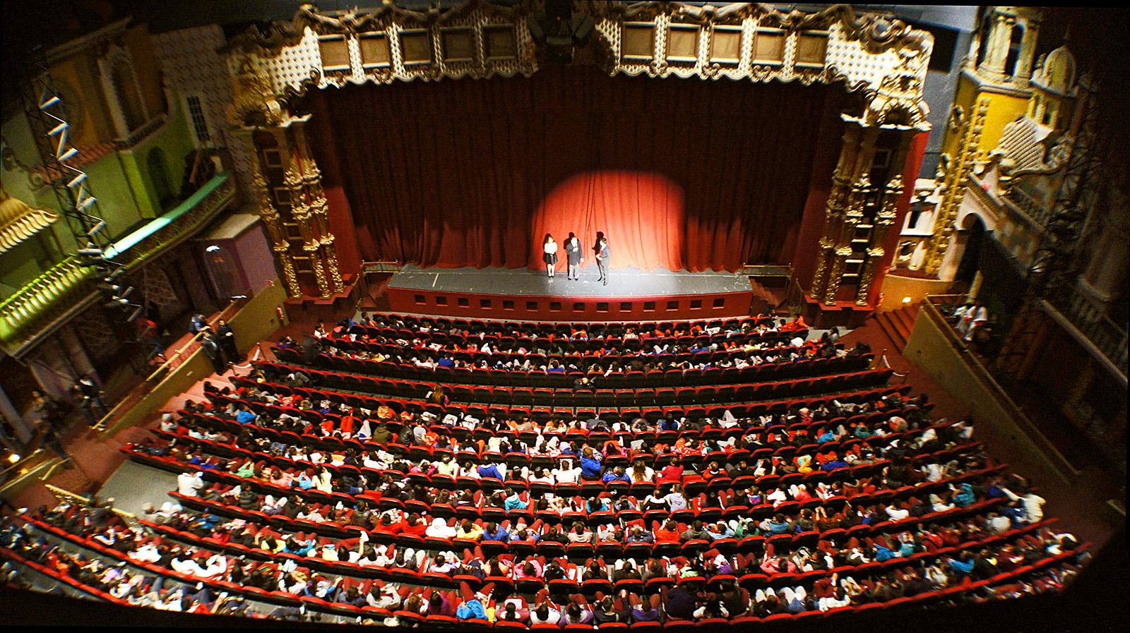 El teatro representa la cultura de la sociedad - Art Miami life style