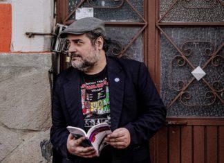 escritor Hernán Vera Alvarez imparte un taller literario